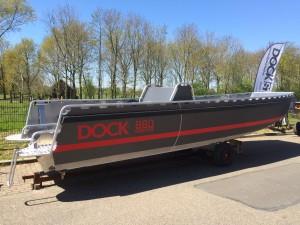 Dock 880 Steel 1